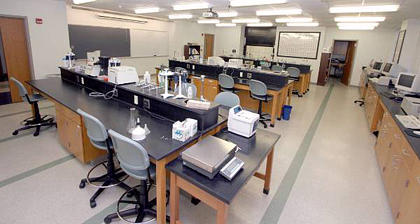 The Organic Chemistry Laboratory
