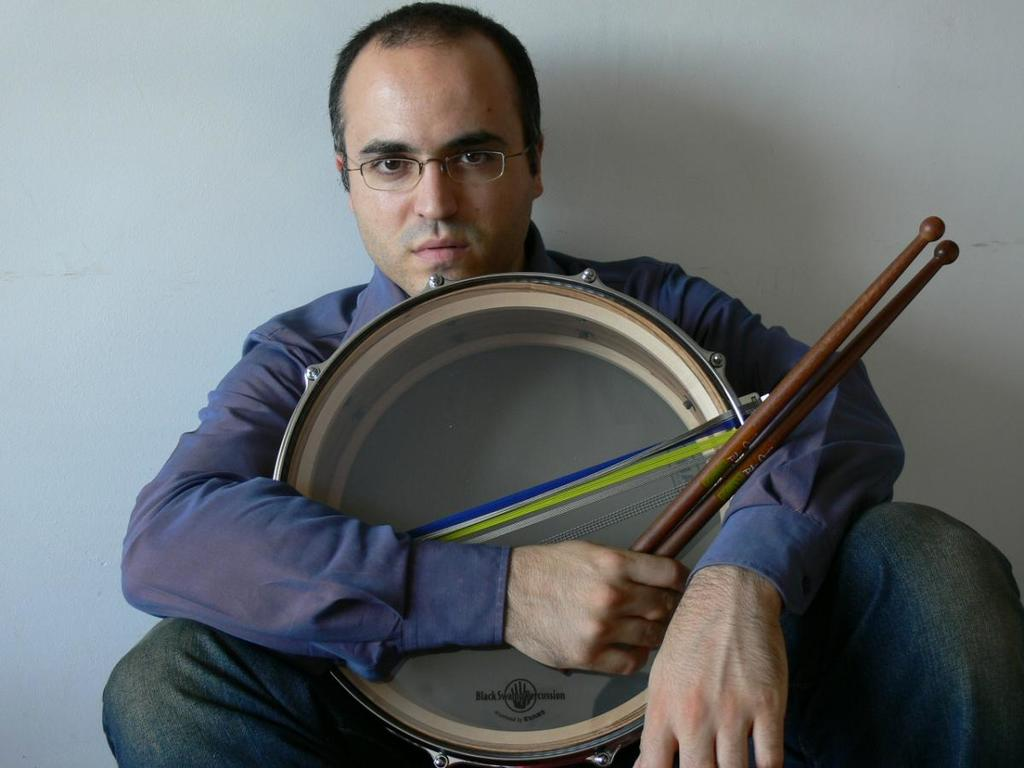 Pedro Carneiro - Percussion Artist  January 18, 2013
