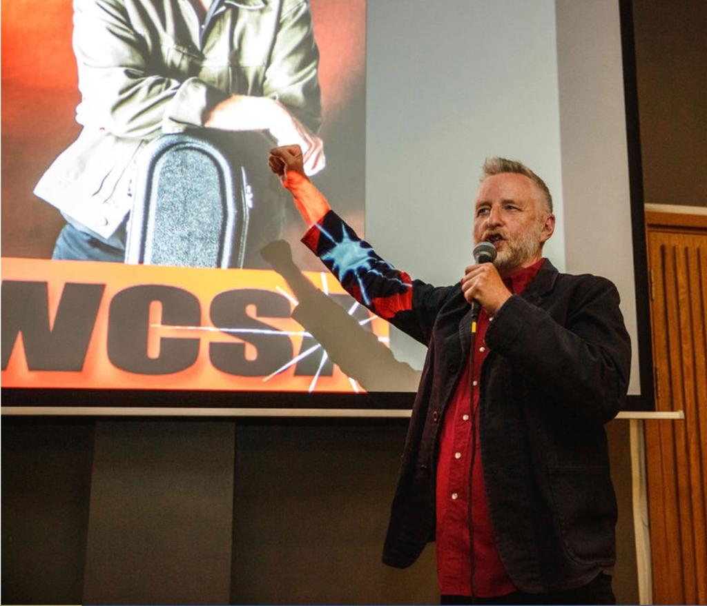 "Billy Bragg performs a spirited rendition of the song ""Internationale"""