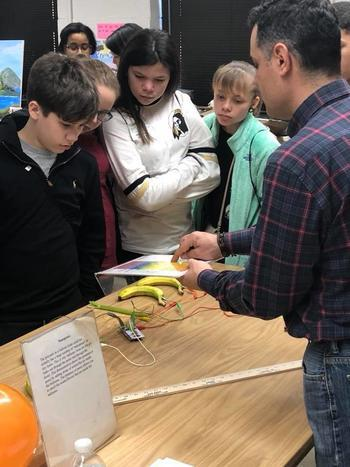 Seventh Graders from PSRC Learn About STEM.